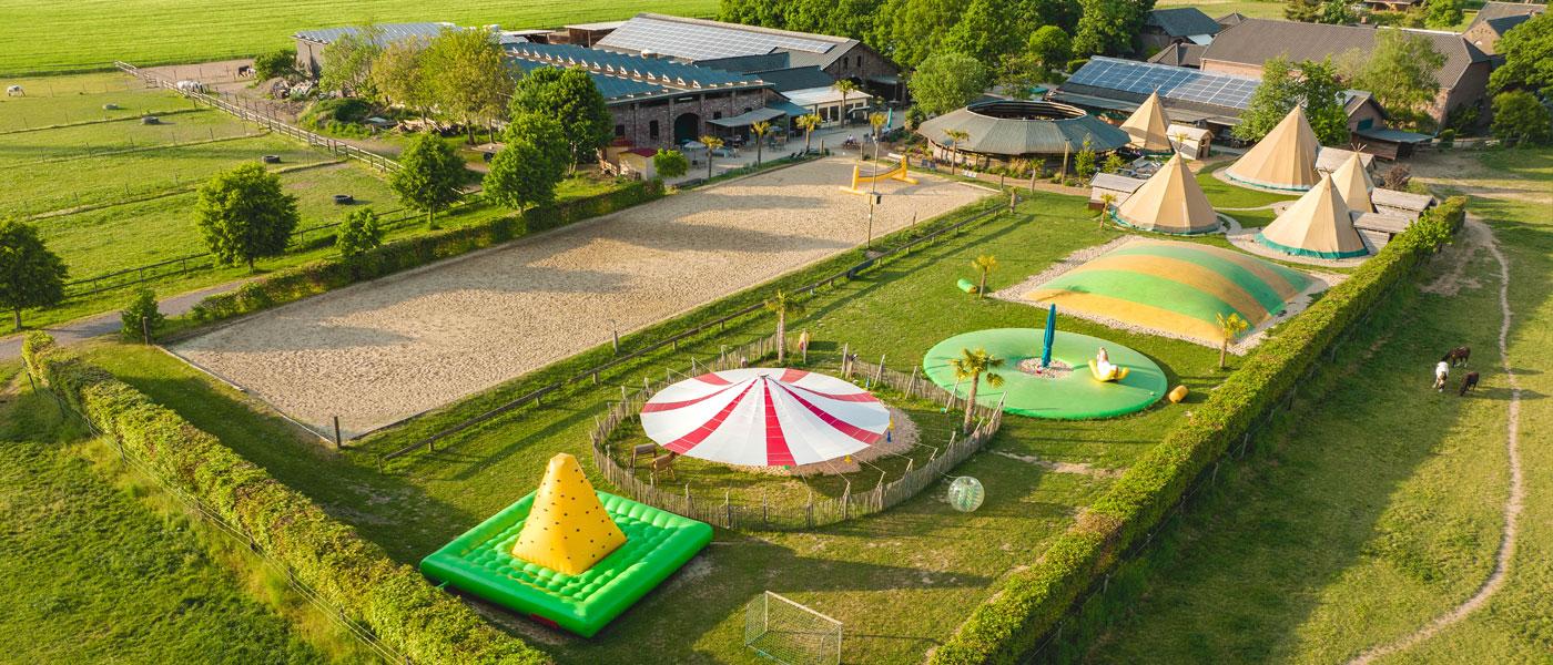Luftbild Ansicht der Reitanlage Dümpenhof