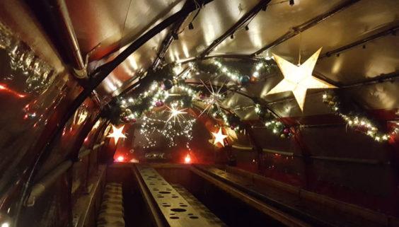 Weihnachtsfeier auf dem Winteprlanwagen